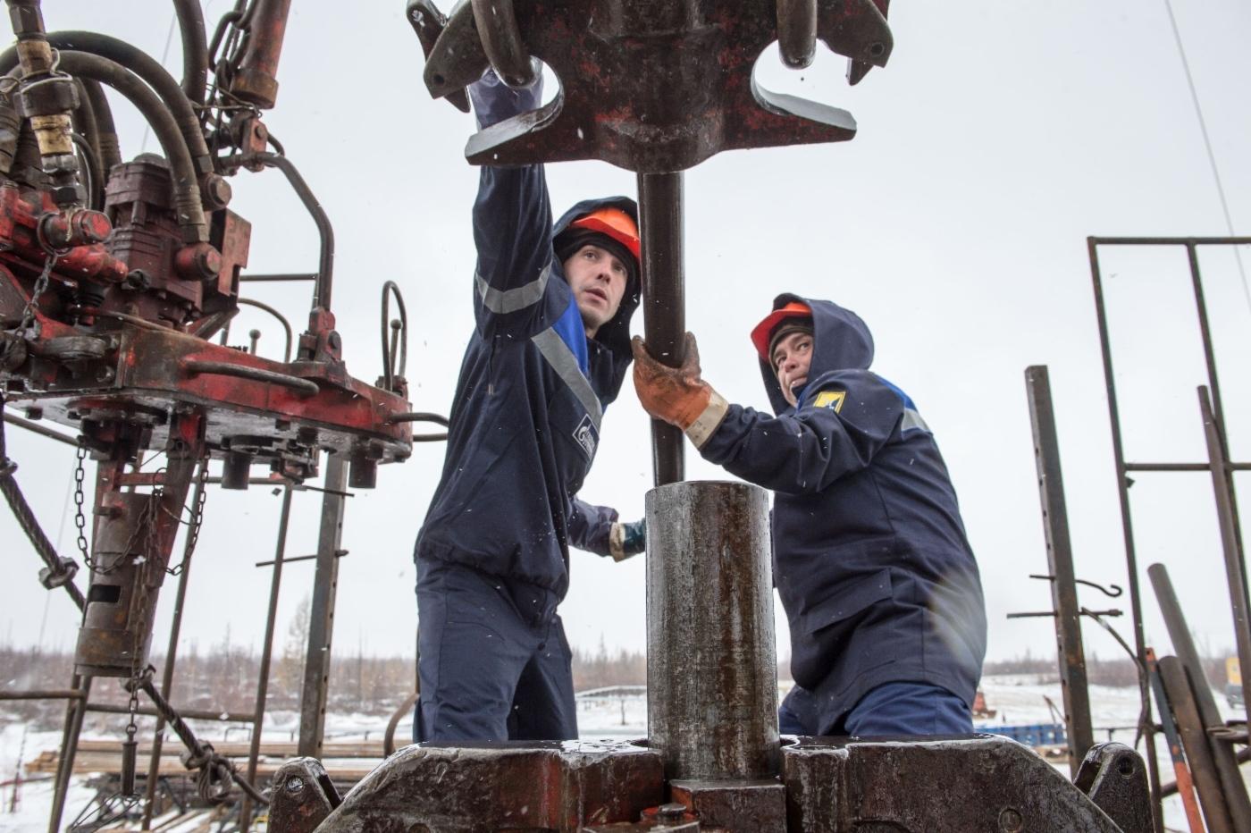 Сонник: к чему снится Нефть